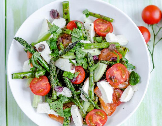 Salade estivale d'asperges